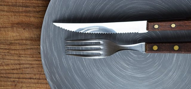 Plate and silverware - Healthy Hildegard