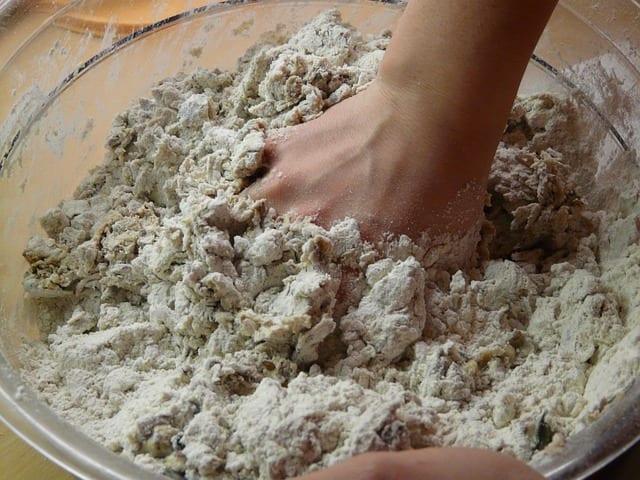 spelt flour baking dough