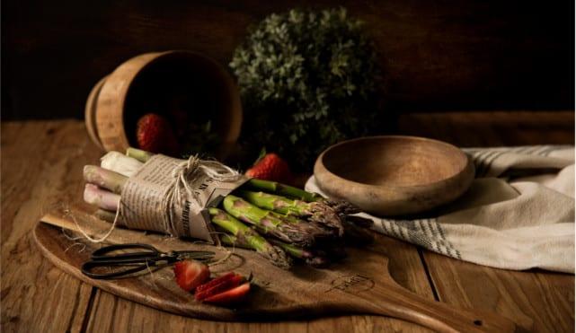Asparagus, a natural digestive bitter